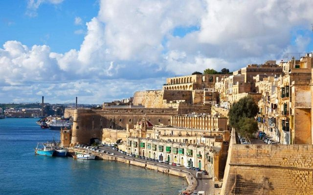 malta-old-town-fortress-city-xlarge